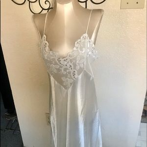 Beautiful lace Victoria's Secret long gown small